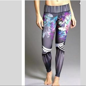 Onzie Hot Yoga Graphic Leggings  Tiger Lily